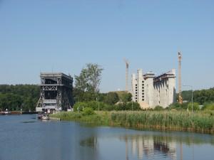 Zwei Schiffshebewerke in Niederfinow Foto: Burghard Seibold